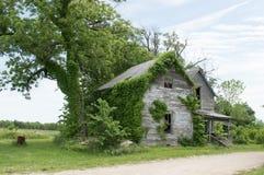 Casa da exploração agrícola do abandono Imagens de Stock Royalty Free
