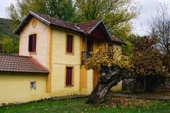Casa da exploração agrícola em Florina, Grécia Fotos de Stock