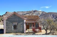 Casa da garrafa no Rhyolite, Nevada, EUA Fotografia de Stock Royalty Free