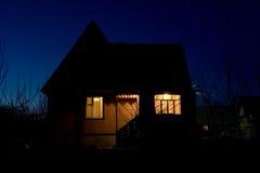 Casa da noite Fotografia de Stock Royalty Free