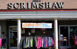 Casa da parte dianteira da loja do Scrimshaw imagens de stock
