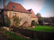 Casa da pedra da vila fotografia de stock royalty free