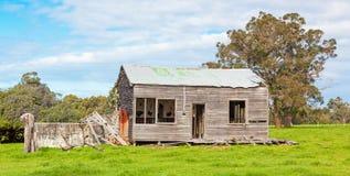 Casa da quinta australiana abandonada Imagem de Stock