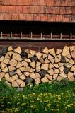 Casa da quinta de madeira imagens de stock