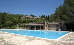 Casa da quinta em Provence imagens de stock royalty free