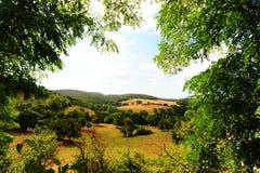 Casa da quinta em Toscânia imagem de stock royalty free
