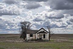 Casa da quinta em um campo de Palouse Fotos de Stock