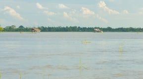 Casa da quinta da inundação fotos de stock