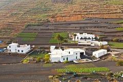 Casa da quinta na área montanhosa rural Foto de Stock