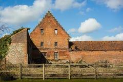 Casa da quinta velha em Norfolk norte, Inglaterra fotos de stock royalty free