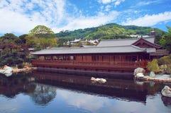 Casa da tè al parco cinese Immagine Stock