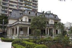 A casa das rosas Fotos de Stock Royalty Free