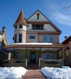 Casa de Alschuler en nieve Fotografía de archivo libre de regalías
