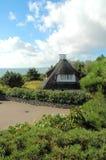 Casa de azotea cubierta con paja 1 foto de archivo