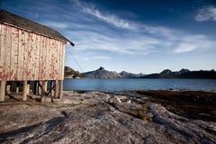 Casa de barco da costa de Noruega fotos de stock