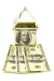 Casa de billetes de banco imagen de archivo libre de regalías