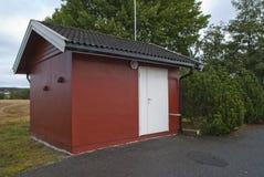 Casa de bomba de agua imagenes de archivo