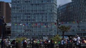 Casa de bomba de Liverpool y restaurante 4K almacen de metraje de vídeo
