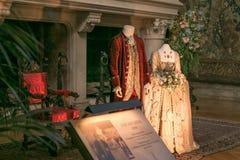 Casa de Builtmore que exhibe los trajes viejos Imágenes de archivo libres de regalías