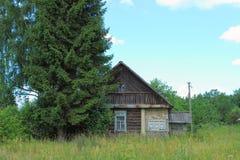 Casa de campo. Imagen de archivo libre de regalías