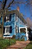 Casa de campo azul Fotografia de Stock