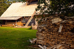 Casa de campo bajo construcción Imágenes de archivo libres de regalías