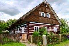 Casa de campo boêmia da vila fotografia de stock royalty free