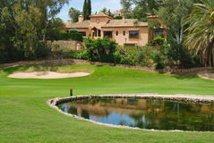 Casa de campo cor-de-rosa do golfe Foto de Stock Royalty Free