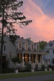 Casa de campo crepuscular fotografia de stock royalty free