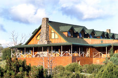Casa de campo de la montaña de la cuna Fotos de archivo libres de regalías