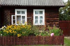 Casa de campo de madera Foto de archivo libre de regalías