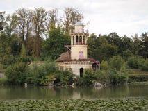 Casa de campo de Marie Antoinette em Versalhes fotos de stock royalty free