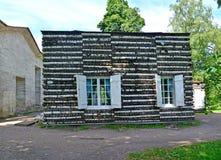 Casa de campo del abedul en el parque del palacio de Gatchina Fotografía de archivo libre de regalías