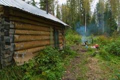 Casa de campo del cazador Fotos de archivo libres de regalías