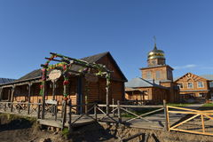 casa de campo del Ruso-estilo Imagenes de archivo