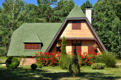 Casa de campo do país na natureza Foto de Stock Royalty Free