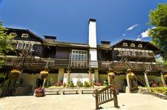 Casa de campo hermosa de Mcdonald Foto de archivo libre de regalías