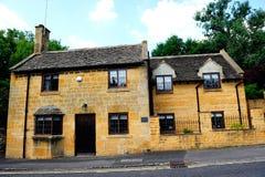 Casa de campo inglesa en Cotswolds, Inglaterra, Reino Unido Imagen de archivo libre de regalías