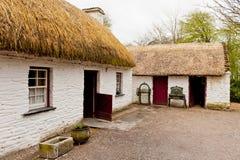 Casa de campo irlandesa velha fotografia de stock royalty free
