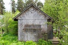Casa de campo de madera vieja fotos de archivo