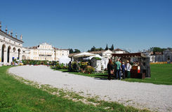 Casa de campo Minin durante o festival de Floreal Imagem de Stock Royalty Free
