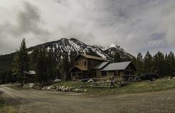 Casa de campo no céu nebuloso na cidade de Cooke Fotos de Stock Royalty Free