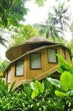 Casa de campo no jardim Fotos de Stock