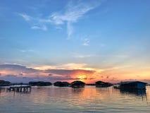 Casa de campo no lago na ilha de Khoyo, Songkhla Imagem de Stock