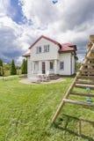 Casa de campo para uma família com crianças Imagens de Stock
