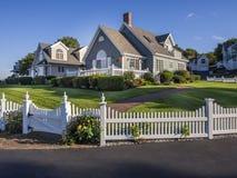 Casa de campo pelo mar Imagem de Stock Royalty Free