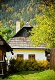 Casa de campo tradicional O outono Imagens de Stock