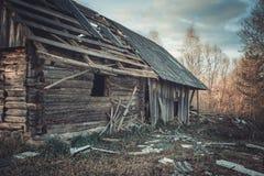 Casa de campo Uma casa velha Casa abandonada Imagem de Stock Royalty Free