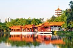 Casa de chá, jardim chinês imagem de stock