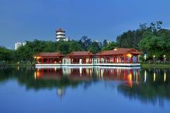 Casa de chá, jardim chinês foto de stock
